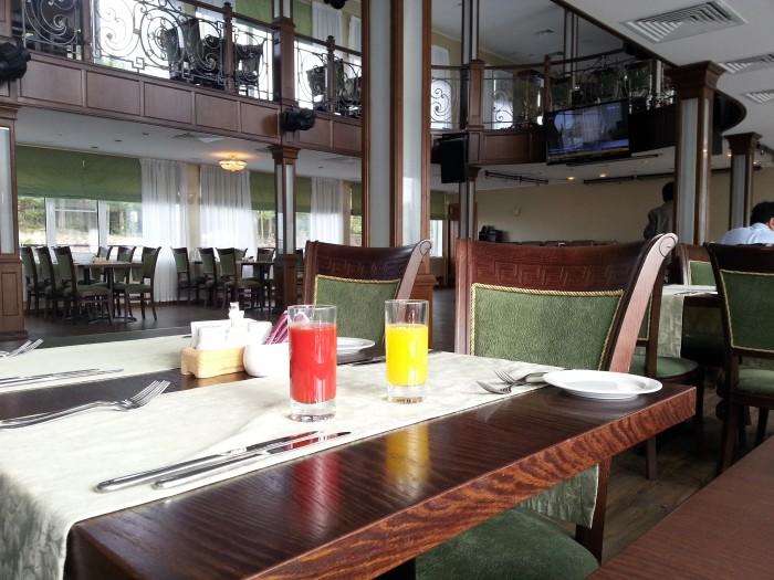 ресторан на корабле